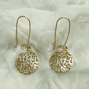 VTG Gold Pierced Dangle Earings